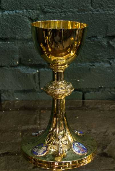 Antique-Chalice-89