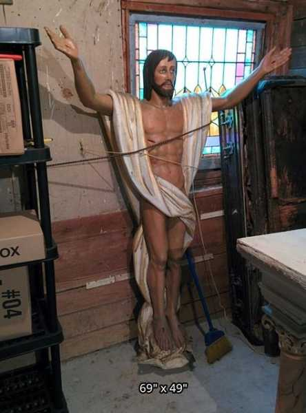 Used-Church-Items-Risen-Christ