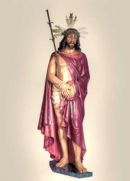 Jesus-of-Nazareth-Church-Statue