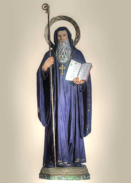 Saint-Benedict-of-Nursia-Statue