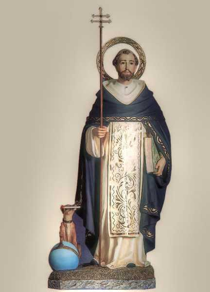 Saint-Dominic-of-Guzman-Statue-2