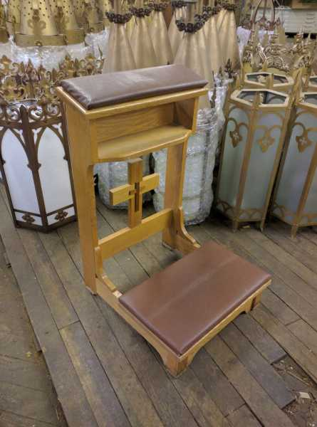 Antique-Kneeler-Prie-Dieu-16