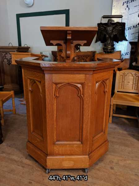 Nice-Wooden-Pulpit