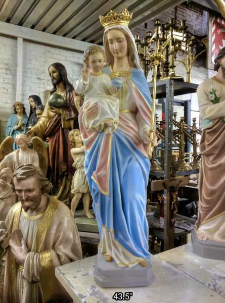 Mary-Queen-of-Heaven-with-Child-Jesus-3